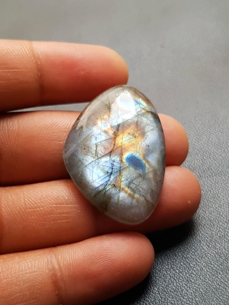 AAA Quality Strong Flashy Labradorite Cabochons 24.5x35x6 MM C297 Loose Gemstone Natural Labradorite Heart Shape Smooth Cabochon