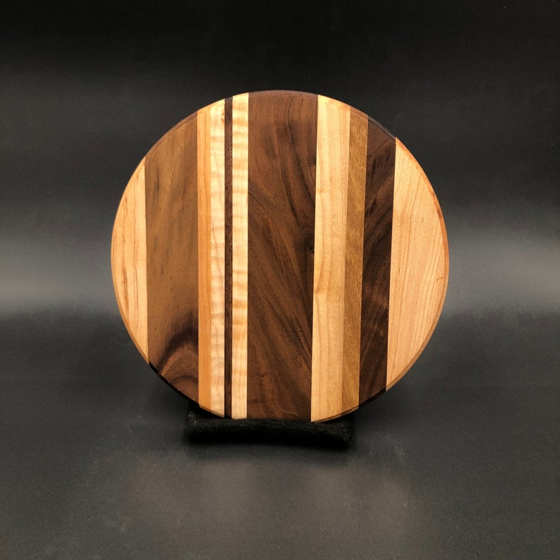 8 Round Artisan Cutting Board // Western & Curly Maple image 0