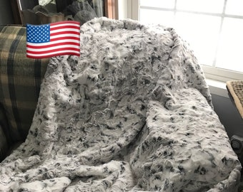 Snowy Owl Adult Minky Throw Blanket - Faux Fur Minky Throw - Double Layer Minky Blanket - Handcrafted - Made In USA - XL Minky Blanket