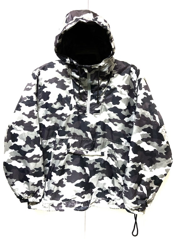 Japanese Designer Camo Puffer Jacket With Hoodies