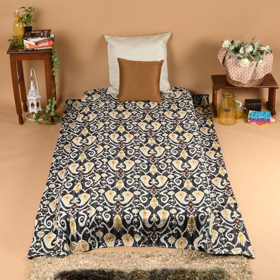Indian Suzani Print Bohemian Throw Kantha Quilt Bedspread Blanket Gudari Ralli