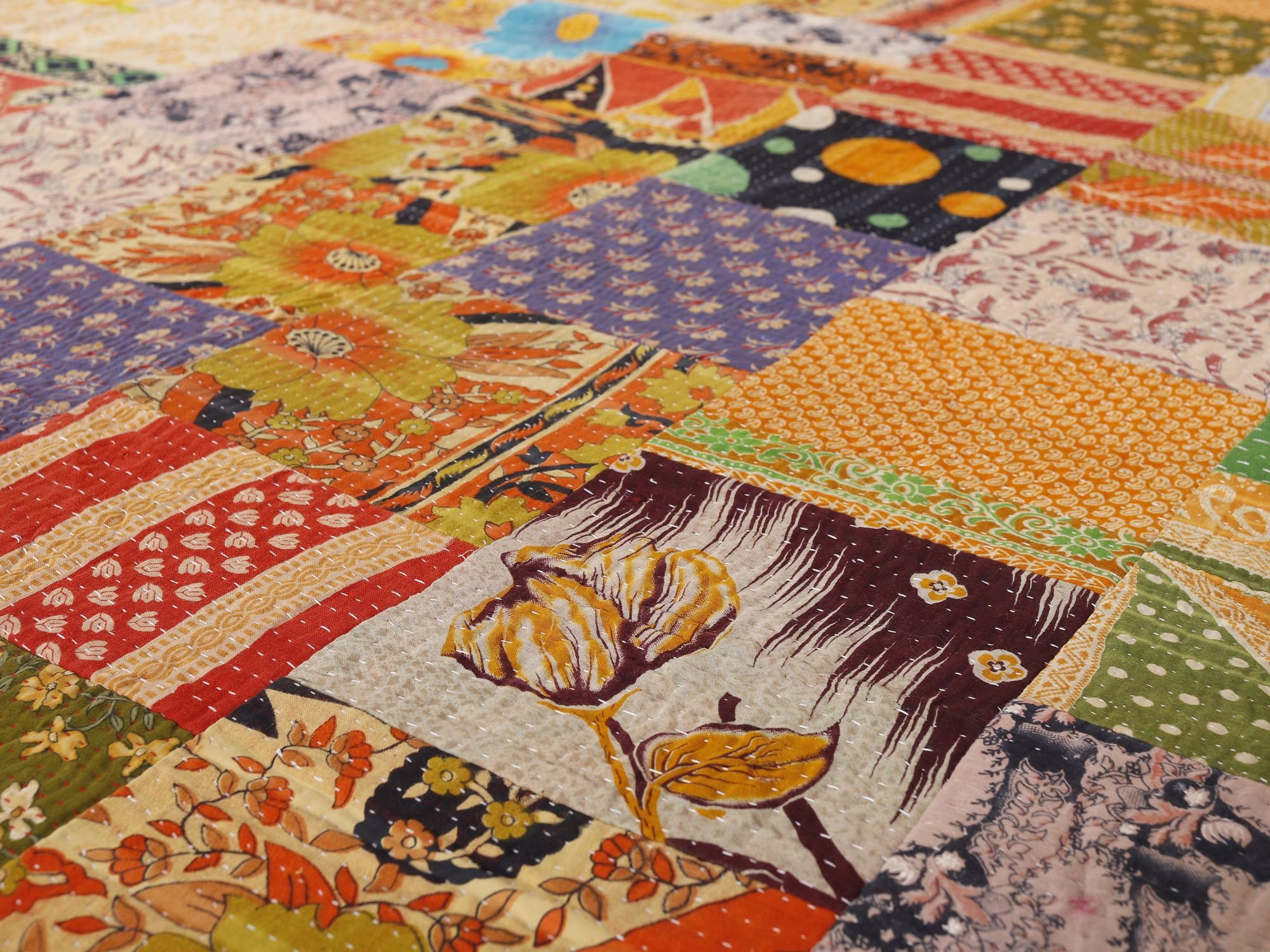 Vintage Kantha Patchwork Quilt Blanket Throw Queen Bedding Bedspread Made With Vintage Cotton Indian Saree Vintage Kantha Patchwork Patchwork