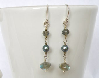 sterling silver, labradorite and pearl earring