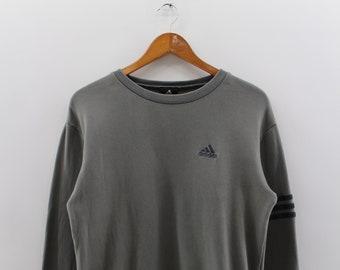 fe5d791159 ADIDAS Vintage équipement Sweatshirt pull unisexe moyenne Adidas Activewear  ras du cou pull Adidas gris pull pull unisexe taille M