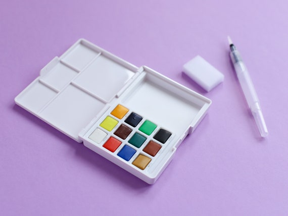 Sakura Koi Watercolour Sketch Box - Original Hues