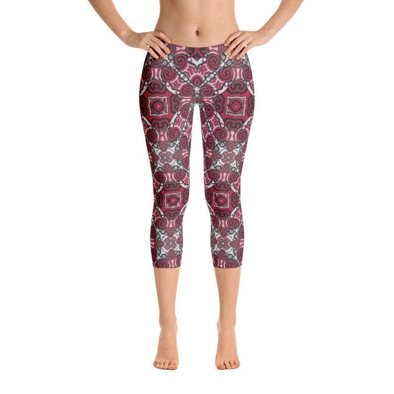 4c2556caf4b Kuru fern New zealand Red and black Yoga Capri Leggings
