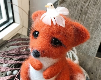Little baby fox and his friend, needle felted fox