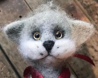 Needle felted toy grey cat