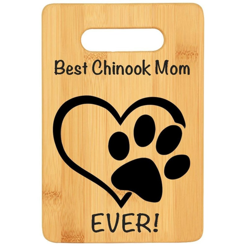 Godmother gift Dog lover gift chef gift for dog mama Bamboo custom cutting board rescue dog loss gift CHINOOK DOG MOM gift for women