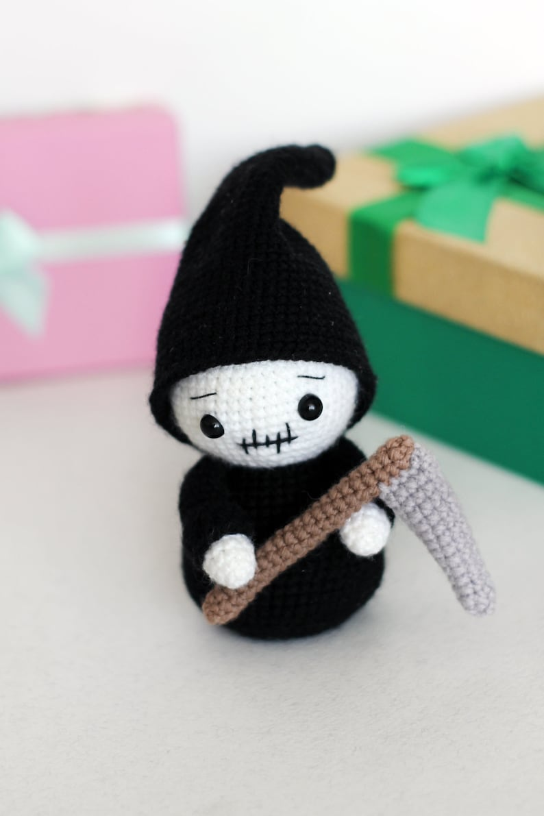 Grim Reaper Death Plush Toy Stuffed Doll Toy Black Collectible Xmas Gift 6 inch