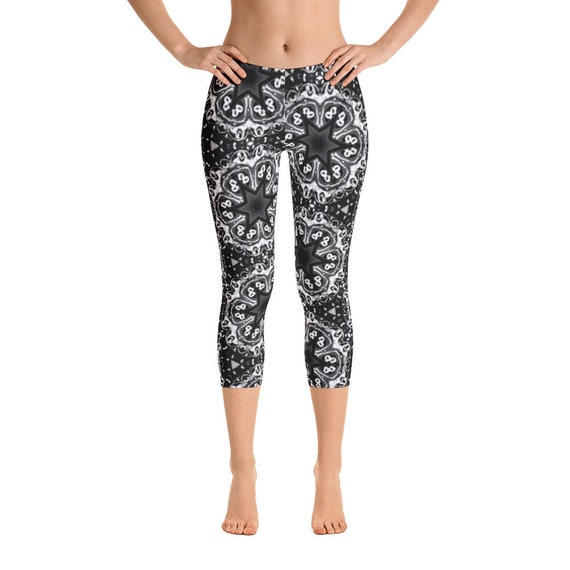 Stylish Women's Leggings - Classic Black & White Pattern - Summer Festival Capri Pants - Simple Cropped Workout Tights - Yoga, Exercise Gear