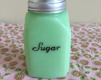 Beautiful Vintage Jadeite McKee Roman Arch Sugar Shaker w/Original Lid