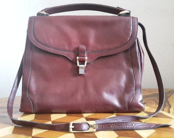 Bordeaux red bag with gold details, 70s
