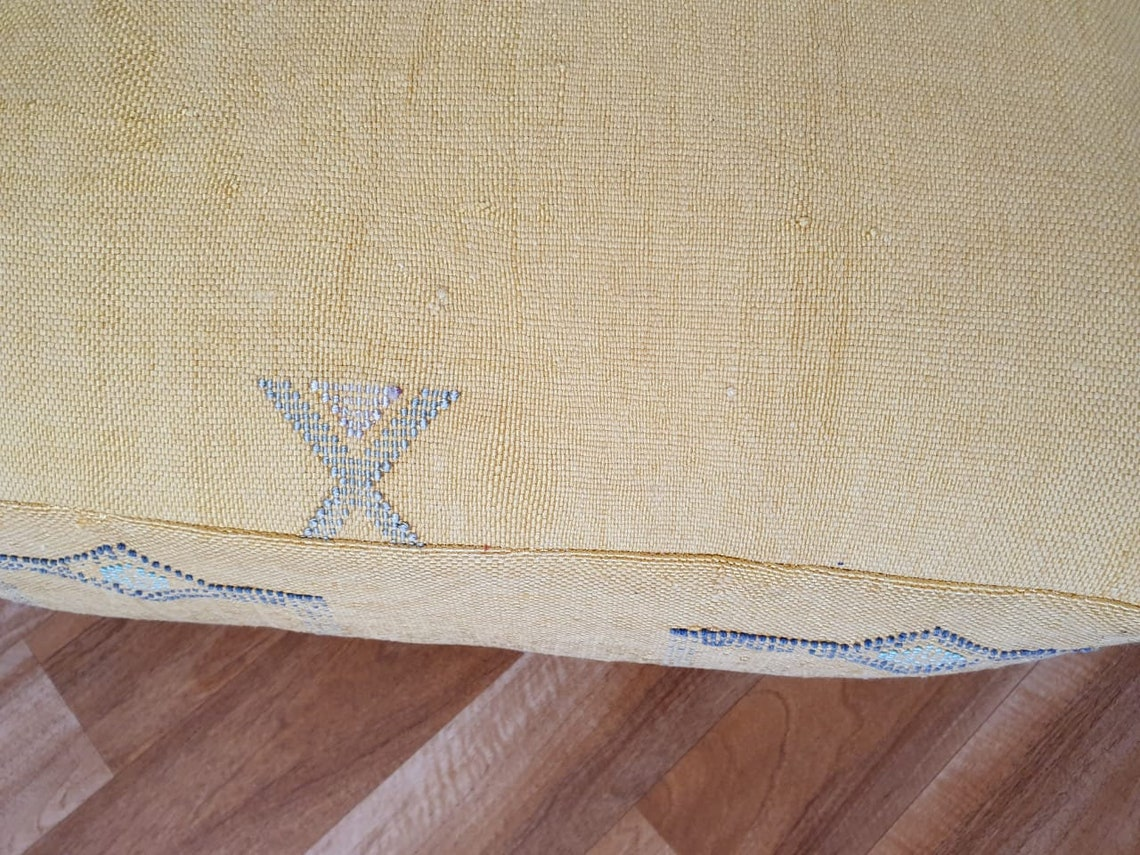 Handwoven Moroccan Sabra floor pouf, Cactus silk pouf,Handmade berber Pillow, Pillow cover,bed pillow, Floor Cushions,28