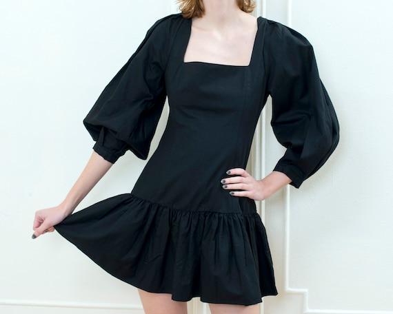 90s black puff sleeve mini dress | little black dr