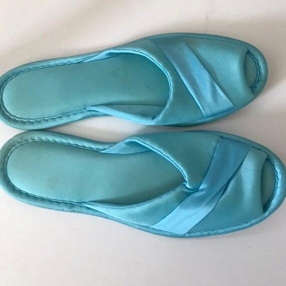 Blue Vintage Henson kickernick silky slippers size