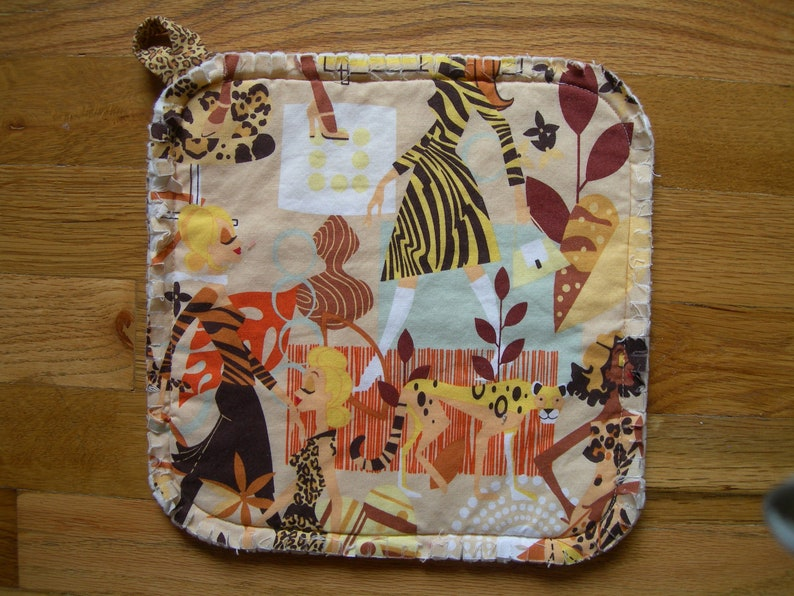 Urban Jungle 10 x 10 MICROWAVEABLE potato wrap A.Henry chic fabric unisex gift multipurpose quilted cotton potholder HOT PAD