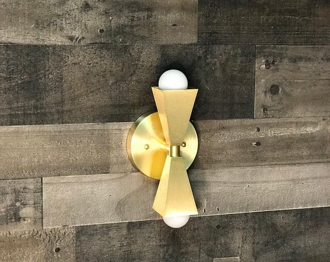 Merak Double Bulb Wall Sconce Modern Wall Lamp Art Lighte