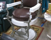 Antique Koken St. Louis MO Hydraulic Reclining Barber Chair