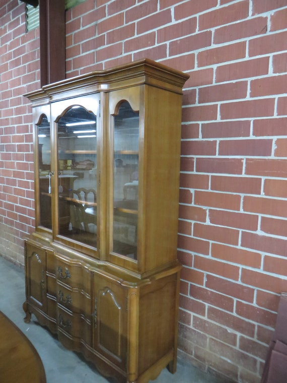 Vintage Bassett Furniture Maple Two Piece China Cabinet