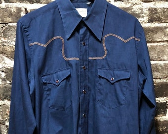 Vintage Rockabilly Western Wrangler Pearl Snap Blue Shirt, Large.