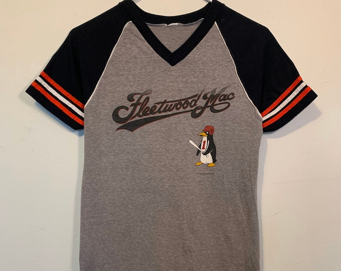 Featured listing image: Vintage 1982 Fleetwood Mac Mirage Tour Baseball Tee Shirt S