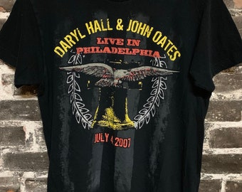 American Apparal Daryl Hall & John Oates Live in Concert Philadelphia XL
