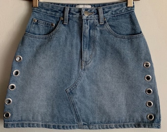 MP | D Mink Pink Blue Jean Denim Silver Grommet Mini Skirt XS