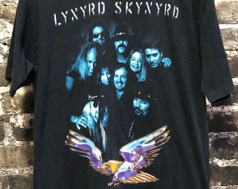 Rare 80s Vintage Lynyrd Skynyrd Eagle Concert Tour Distressed Shirt, Large.