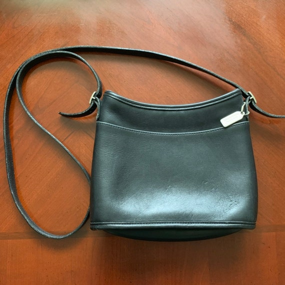 Vintage Coach Classic Small Black Genuine Leather Crossbody Purse