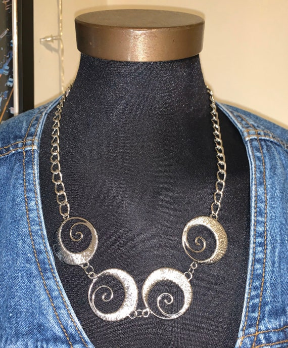 Real Savage Like Original Sisters of the Moon Silver Swirl Chain Necklace