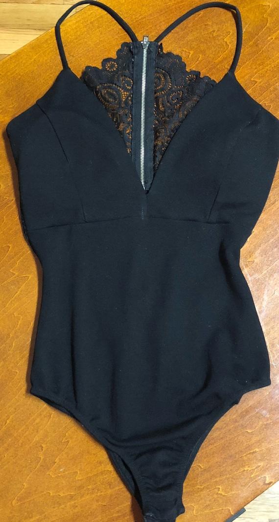 Lace Low Cut V-Neck Black Bodysuit XS