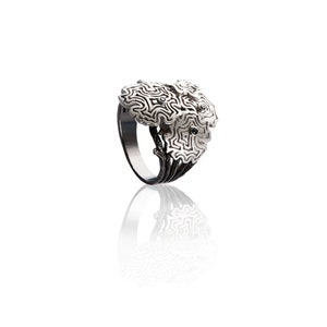 black dainty ring Black diamond modern ring Art deco raw diamond ring beonthesea jewelry