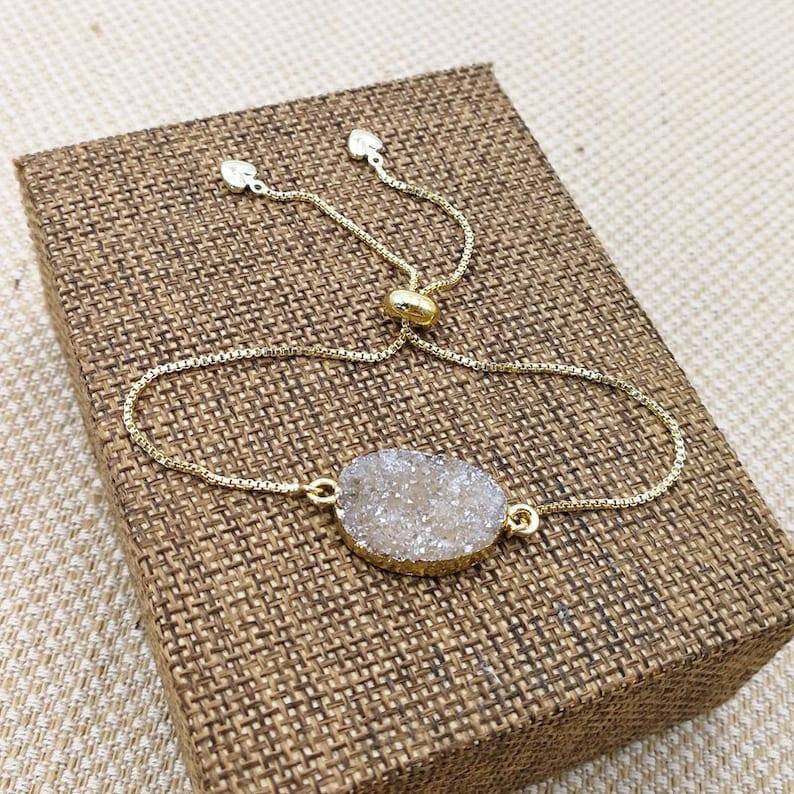 Druzy Bracelet Bridesmaids Gift Wedding Jewelry Gold Dainty Bracelet oval Geode Bracelet Bolo Bracelet Sliding Bracelets T204