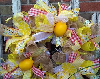 Deco mesh lemon wreath