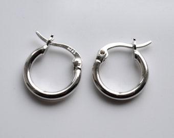 Genuine SILVER CREOLE EARRINGS 2.77 Grams Sterling Silver Ladies Original Hoop