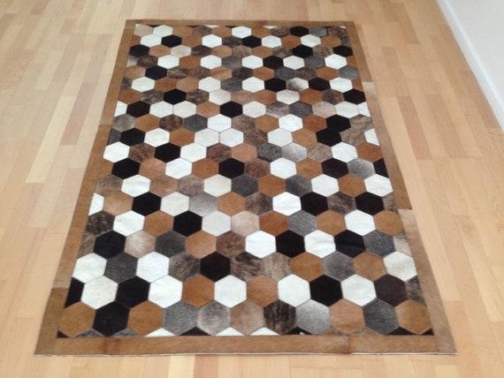 Pelli tappeto patchwork in pelle di mucca.