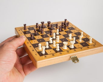 Vintage travel chess set in wooden folding box, Travel mini chess set with pegged pieces.