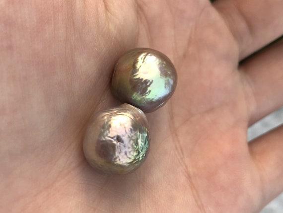 13.5-14mm baroque pearl pair,natural green pearl pair,nuclear fresh water pearls,no hole.NBL01