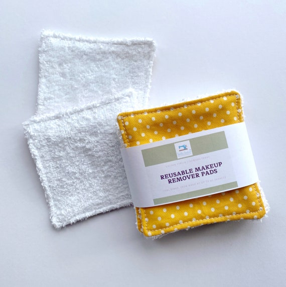 Reusable makeup remover wipes, facial round - zero waste face pads made from organic bamboo and cotton. Sustainable and eco friendly gift