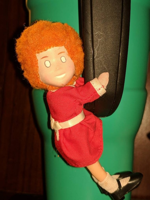 Applause 1982 Knickerbocker Miniature Little Orphan Annie
