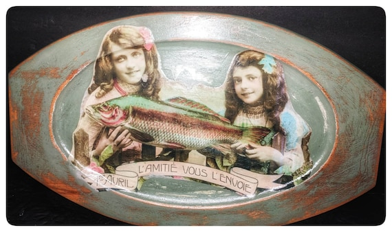 Serving Tray with redesigned vintage images and handpainted with Moss chalky paint / semi- gloss top coat.
