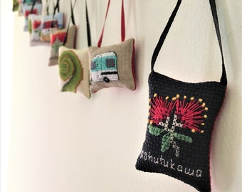 Kiwiana Christmas Cross-stitch Mini-Ornament Set