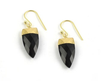 Black Onyx Arrowhead Shape Electroplating Earring Gold plated