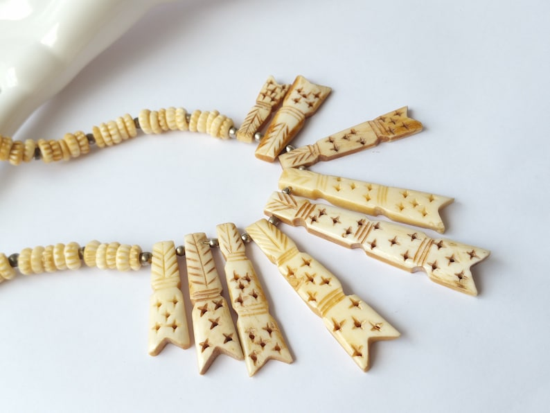 Retro 70s Boho Hippy Statement Necklace Vintage Carved Bone Necklace Vintage Cream Ivory Colour Bone Necklace