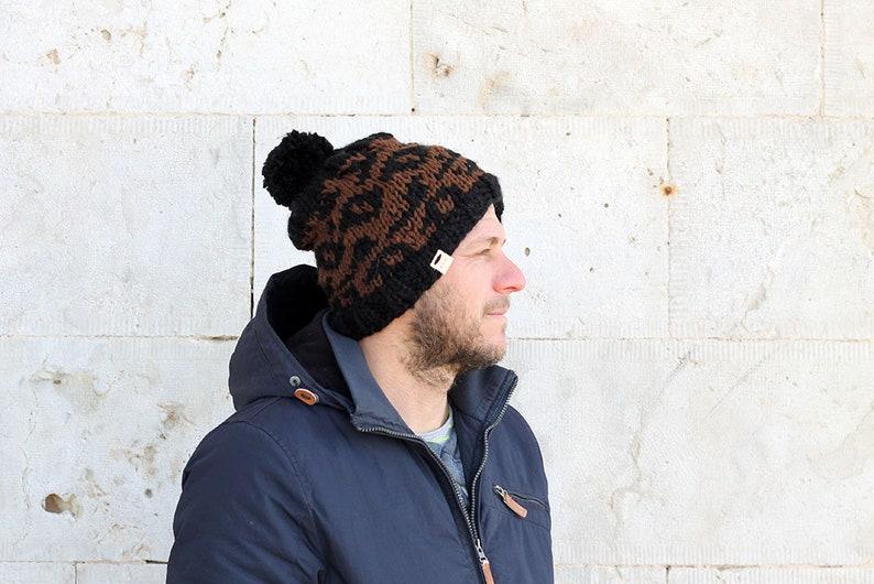 4db152c6411 Leopard print men s hat   Men s winter beanie   knit