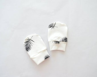 Baby anti crab mittens leaves black and white-baby clothes