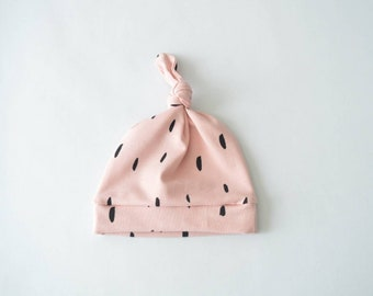 Baby button hat pink with black sweep-baby clothes