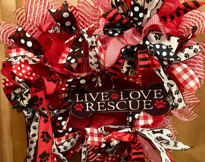 Pet wreath, Live, Love Rescue, Dog wreath, Front Door Decor, Wall Decor, Dog Love