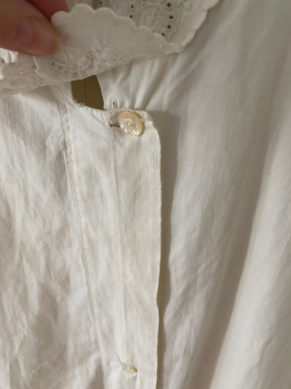 Gorgeous Antique Cotton Dressing Gown - image 7